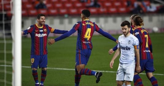Lionel Messi khiến Barcelona đứng ngồi không yên | Bóng Đá