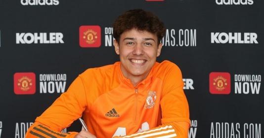 CHÍNH THỨC! Man Utd hoàn tất HĐ mới, thủ lĩnh từ Barca   Bóng Đá