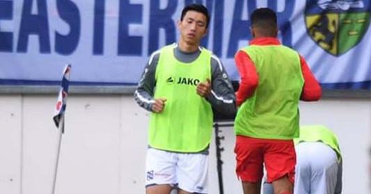 Văn Hậu ngồi dự bị trong ngày Heerenveen lọt vào nhóm dự Europa League | Bóng Đá