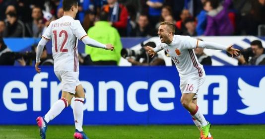 Tiểu Messi tỏa sáng, La Roja đánh bại Pháp ngay tại Stade de France    Bóng Đá