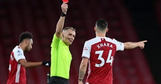 Mời Evra xem Arsenal, Henry tắt ngay TV khi thấy Xhaka là đội trưởng | Bóng Đá