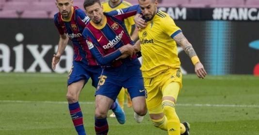 Clement Lenglet bật khóc sau áp lực từ sai lầm ở trận hòa của Barca   Bóng Đá