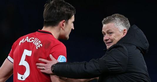 3 sự lựa chọn giúp Man Utd giải quyết cơn đau đầu hàng thủ | Bóng Đá