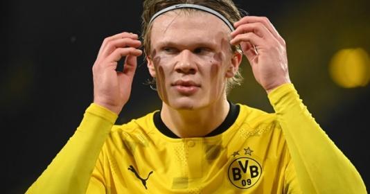 Haaland hành động gây sốc, chiếm hết ''spotlight'' trận MC - Dortmund   Bóng Đá