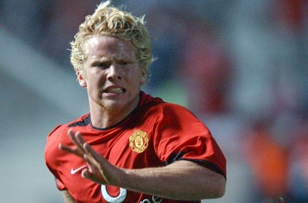 Dàn sao 'sớm nở tối tàn' của Man Utd: Kẻ lưu lạc, người sang V.League - Bóng Đá