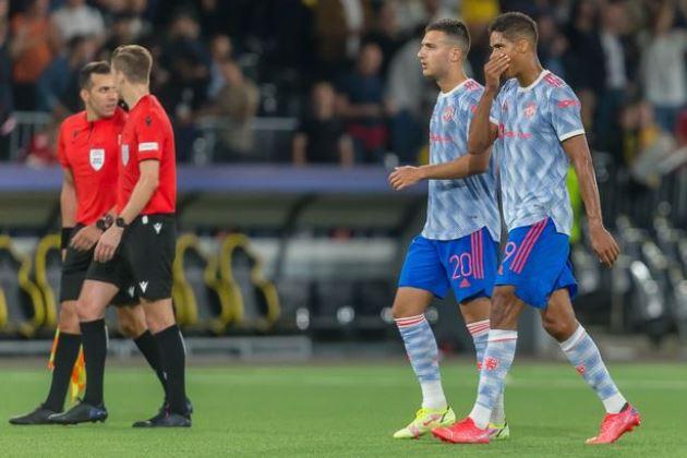 Paul Merson savages Man Utd with Man City comparison after Young Boys defeat - Bóng Đá